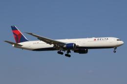たろりんさんが、成田国際空港で撮影したデルタ航空 767-432/ERの航空フォト(飛行機 写真・画像)