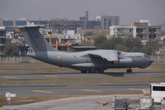 masa707さんが、インディラ・ガンディー国際空港で撮影したインド空軍 Il-76MD Gajarajの航空フォト(飛行機 写真・画像)