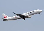 voyagerさんが、羽田空港で撮影したジェイ・エア ERJ-190-100(ERJ-190STD)の航空フォト(飛行機 写真・画像)