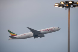 しぃさんが、香港国際空港で撮影したエチオピア航空 777-F60の航空フォト(飛行機 写真・画像)