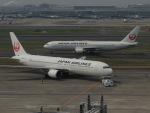 さゆりんごさんが、羽田空港で撮影した日本航空 767-346の航空フォト(写真)