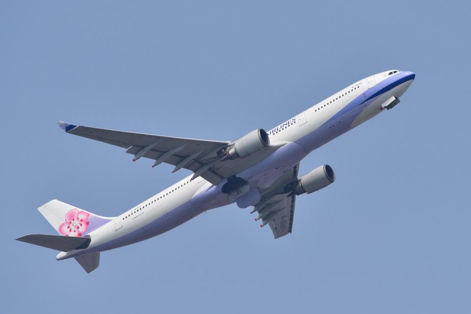 パンダさんのチャイナエアライン Airbus A330-300 (B-18301) 航空フォト