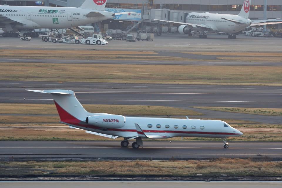 T.Sazenさんのウェルズ・ファーゴ・バンク・ノースウェスト Gulfstream Aerospace G500/G550 (G-V) (N552PM) 航空フォト