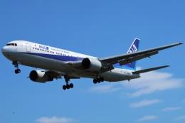 らむえあたーびんさんが、伊丹空港で撮影した全日空 767-381の航空フォト(飛行機 写真・画像)