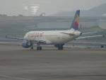 toyokoさんが、マカオ国際空港で撮影したスモール・プラネット・エアラインズ・カンボジア A320-214の航空フォト(飛行機 写真・画像)