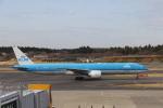 prado120さんが、成田国際空港で撮影したKLMオランダ航空 777-306/ERの航空フォト(写真)