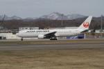 珈琲牛乳さんが、函館空港で撮影した日本航空 767-346/ERの航空フォト(写真)