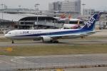 uhfxさんが、関西国際空港で撮影した全日空 767-381/ERの航空フォト(写真)