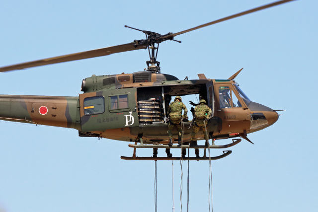 szkkjさんが、練馬駐屯地で撮影した陸上自衛隊 UH-1Jの航空フォト(飛行機 写真・画像)