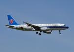 じーく。さんが、成田国際空港で撮影した中国南方航空 A320-214の航空フォト(飛行機 写真・画像)