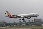 幹ポタさんが、福岡空港で撮影したアシアナ航空 A350-941XWBの航空フォト(写真)