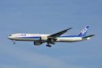 ktaroさんが、羽田空港で撮影した全日空 777-381の航空フォト(写真)