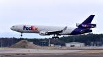 ららぞうさんが、三沢飛行場で撮影したフェデックス・エクスプレス MD-11Fの航空フォト(写真)