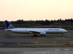 よんすけさんが、成田国際空港で撮影したユナイテッド航空 777-322/ERの航空フォト(写真)