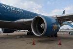 とっちさんが、タンソンニャット国際空港で撮影したベトナム航空 A330-223の航空フォト(写真)