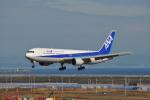 おかげ犬さんが、仙台空港で撮影した全日空 767-381/ERの航空フォト(写真)