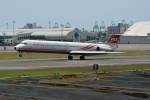 小弦さんが、高雄国際空港で撮影した遠東航空 MD-82 (DC-9-82)の航空フォト(写真)