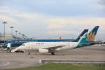 安芸あすかさんが、シンガポール・チャンギ国際空港で撮影したシルクエア A319-133の航空フォト(写真)