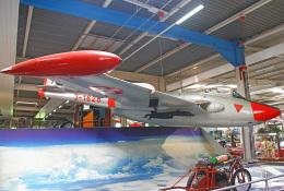 りんたろうさんが、ジンスハイム自動車・技術博物館 - Sinsheim Auto & Technik Museumで撮影したスイス空軍 DH.112 Venom FB50の航空フォト(飛行機 写真・画像)