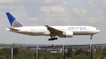 誘喜さんが、ロンドン・ヒースロー空港で撮影したユナイテッド航空 777-224/ERの航空フォト(写真)