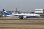HEATHROWさんが、伊丹空港で撮影した全日空 777-381/ERの航空フォト(写真)