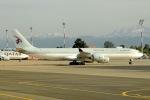cornicheさんが、マラケシュ・メナラ空港で撮影したカタールアミリフライト A340-541の航空フォト(写真)