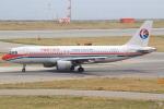 キイロイトリさんが、関西国際空港で撮影した中国東方航空 A320-214の航空フォト(写真)