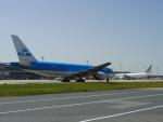 tmkさんが、関西国際空港で撮影したKLMオランダ航空 777-206/ERの航空フォト(写真)