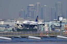 JA946さんが、羽田空港で撮影したルフトハンザドイツ航空 747-830の航空フォト(写真)