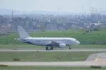 pringlesさんが、ウィーン国際空港で撮影したエア・マルタ A319-111の航空フォト(写真)