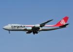 じーく。さんが、小松空港で撮影したカーゴルクス 747-8R7F/SCDの航空フォト(飛行機 写真・画像)
