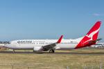 Y-Kenzoさんが、シドニー国際空港で撮影したカンタス航空 737-838の航空フォト(写真)