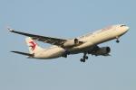 ceskykrumlovさんが、羽田空港で撮影した中国東方航空 A330-343Xの航空フォト(写真)