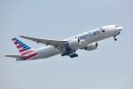 saoya_saodakeさんが、成田国際空港で撮影したアメリカン航空 777-223/ERの航空フォト(写真)