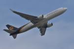 qooさんが、成田国際空港で撮影したUPS航空 767-34AF/ERの航空フォト(写真)