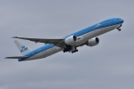qooさんが、成田国際空港で撮影したKLMオランダ航空 777-306/ERの航空フォト(写真)