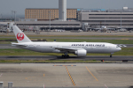 どりーむらいなーさんが、羽田空港で撮影した日本航空 777-246/ERの航空フォト(写真)