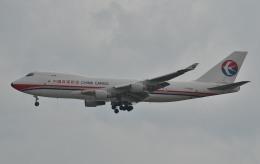 IL-18さんが、シンガポール・チャンギ国際空港で撮影した中国貨運航空 747-412F/SCDの航空フォト(飛行機 写真・画像)