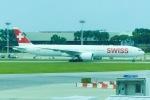 Snow manさんが、シンガポール・チャンギ国際空港で撮影したスイスインターナショナルエアラインズ 777-3DE/ERの航空フォト(写真)