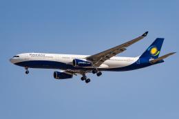 xingyeさんが、ドバイ国際空港で撮影したルワンダエア A330-343Xの航空フォト(飛行機 写真・画像)