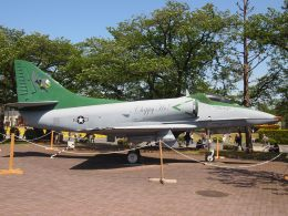 FT51ANさんが、厚木飛行場で撮影したアメリカ海軍 A-4E Skyhawkの航空フォト(飛行機 写真・画像)