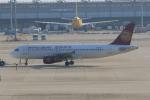 みるぽんたさんが、関西国際空港で撮影した吉祥航空 A320-214の航空フォト(写真)