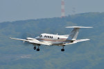 syuさんが、岡山空港で撮影したダイヤモンド・エア・サービス 200 Super King Airの航空フォト(写真)