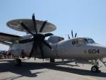 ユターさんが、厚木飛行場で撮影したアメリカ海軍 E-2D Advanced Hawkeyeの航空フォト(写真)