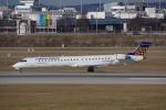 JA8037さんが、ミュンヘン・フランツヨーゼフシュトラウス空港で撮影したルフトハンザ・シティライン CL-600-2D24 Regional Jet CRJ-900LRの航空フォト(写真)