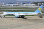 K.787.Nさんが、福岡空港で撮影したウズベキスタン航空 767-33P/ERの航空フォト(写真)