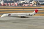 Tomo-Papaさんが、伊丹空港で撮影したJALエクスプレス MD-81 (DC-9-81)の航空フォト(写真)