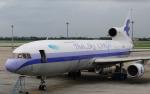 hs-tgjさんが、ドンムアン空港で撮影したタイ・スカイ・エアラインズ L-1011 TriStarの航空フォト(写真)