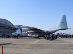 よんすけさんが、厚木飛行場で撮影した海上自衛隊 C-130Rの航空フォト(写真)