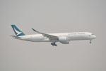 LEGACY-747さんが、香港国際空港で撮影したキャセイパシフィック航空 A350-941XWBの航空フォト(写真)